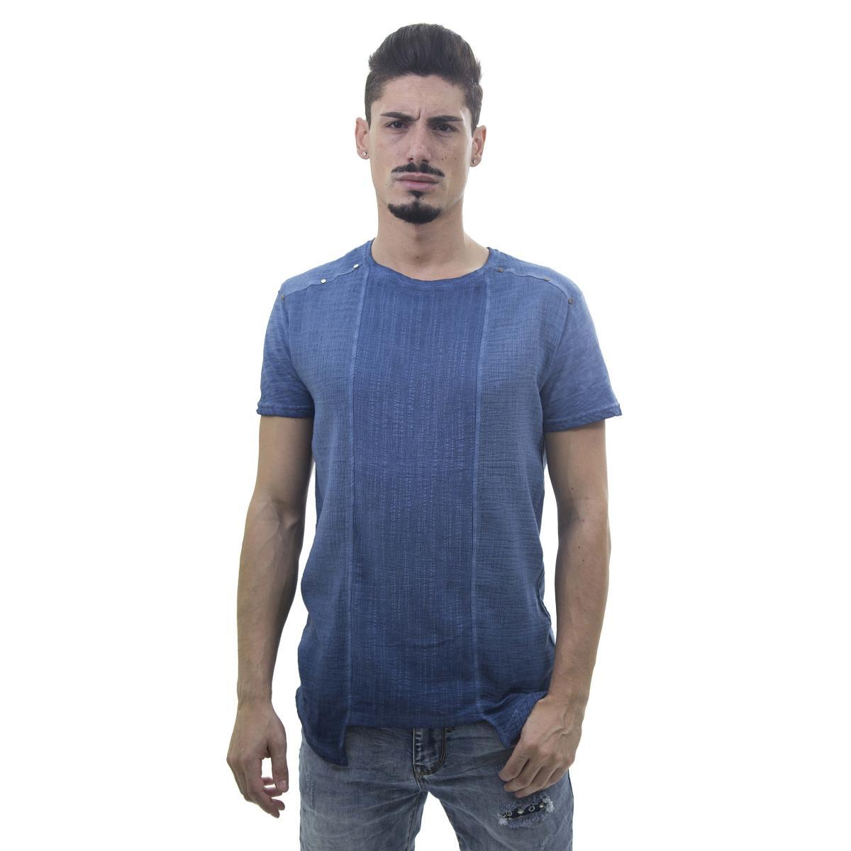 T-Shirt da uomo con fonodo irregolare effetto crespo con borchie