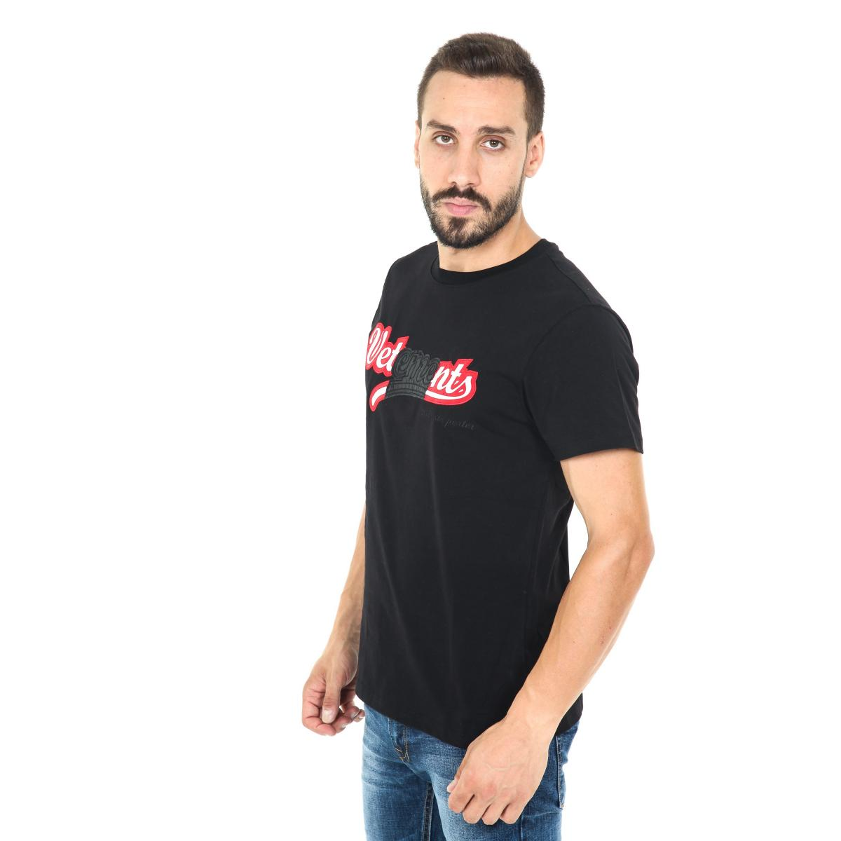 Tshirt girocollo uomo Vetements