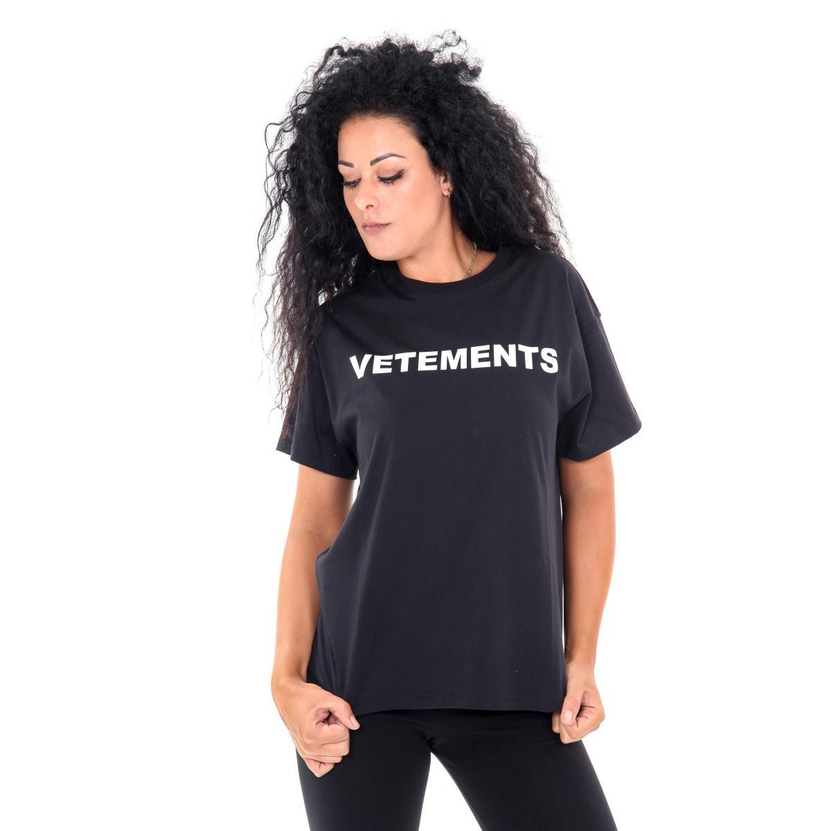 """T-shirt """"Vetements"""" girocollo da donna con stampa anteriore e posteriore Rif. V050 www.montorostore.it"""