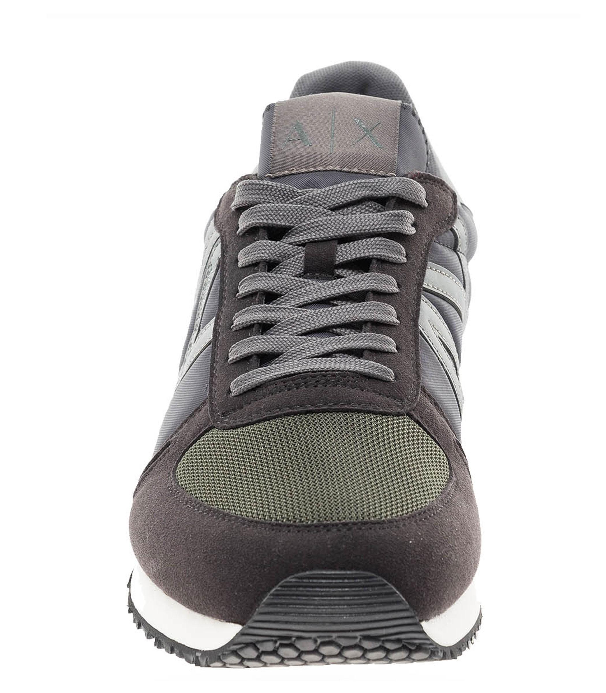 XUX017 XV028 Scarpe da uomo Armani Exchange colore nero con inserti in  camoscio Rif. 42d9e3a211e