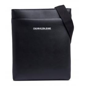 Borsa a tracolla Calvin Klein Smooth Essential Fla Rif. K40K400638