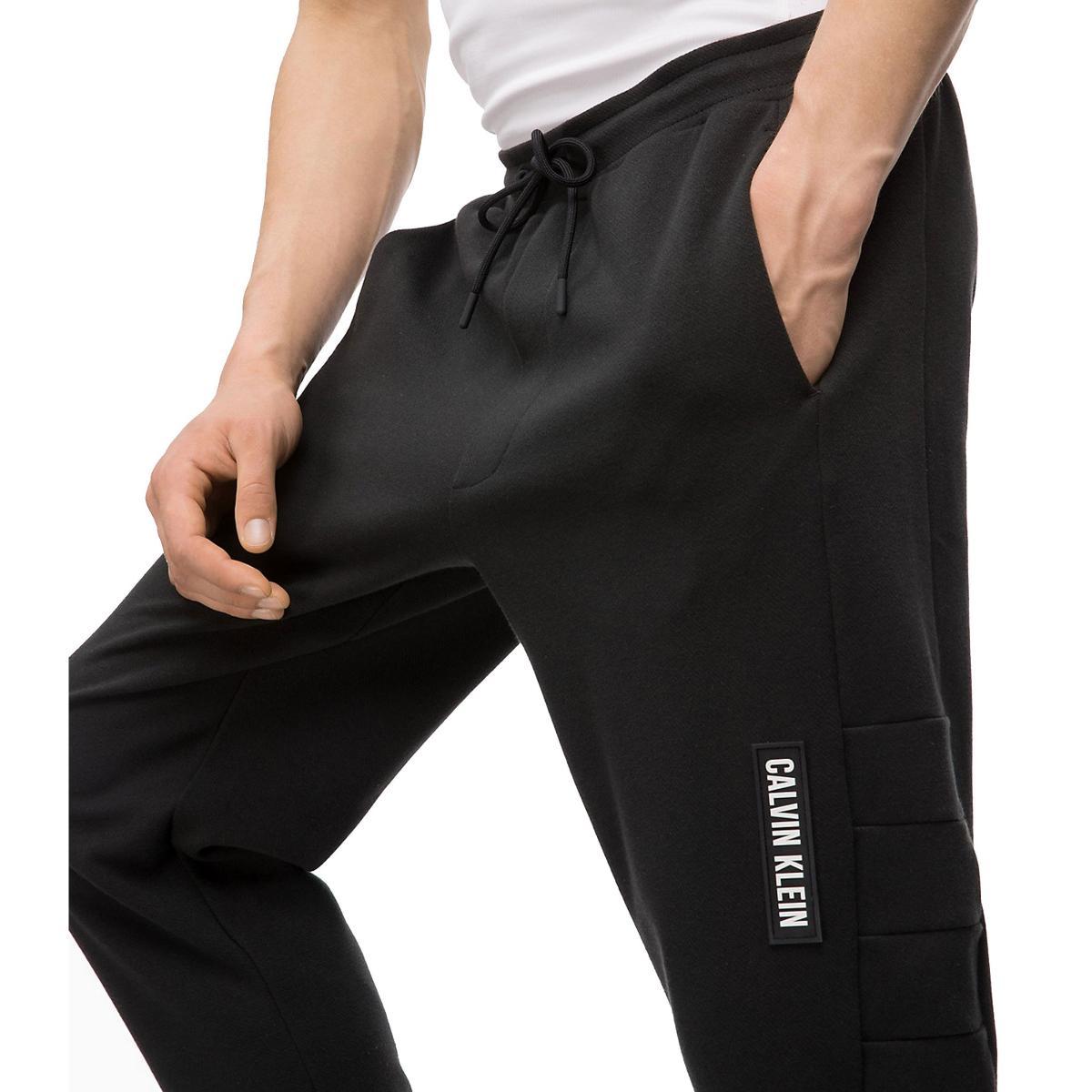 Pantaloni tuta Calvin Klein da uomo Rif. 00GMF8P622