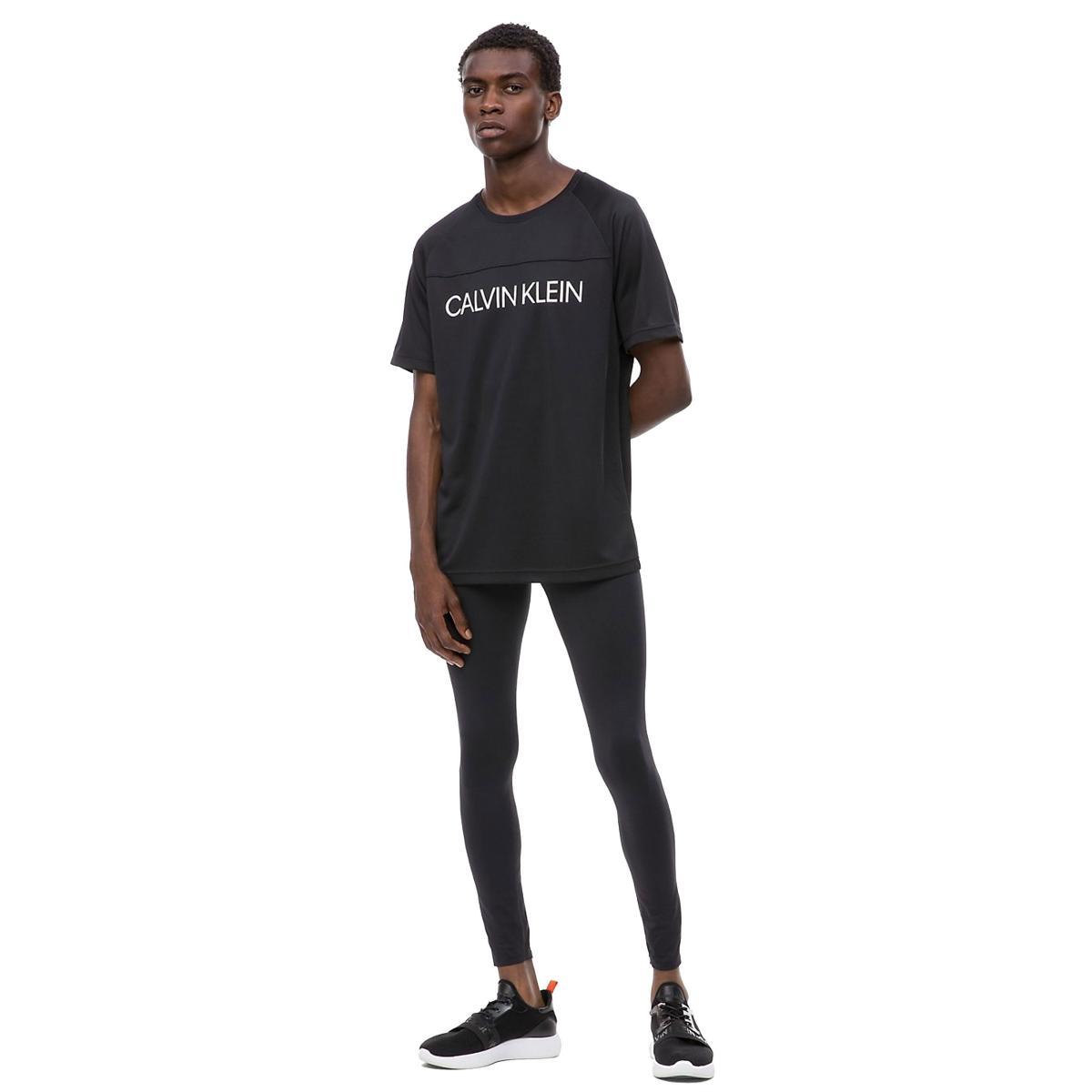 T-shirt Coolcore con logo Calvin Klein da uomo rif.00GMF8K151