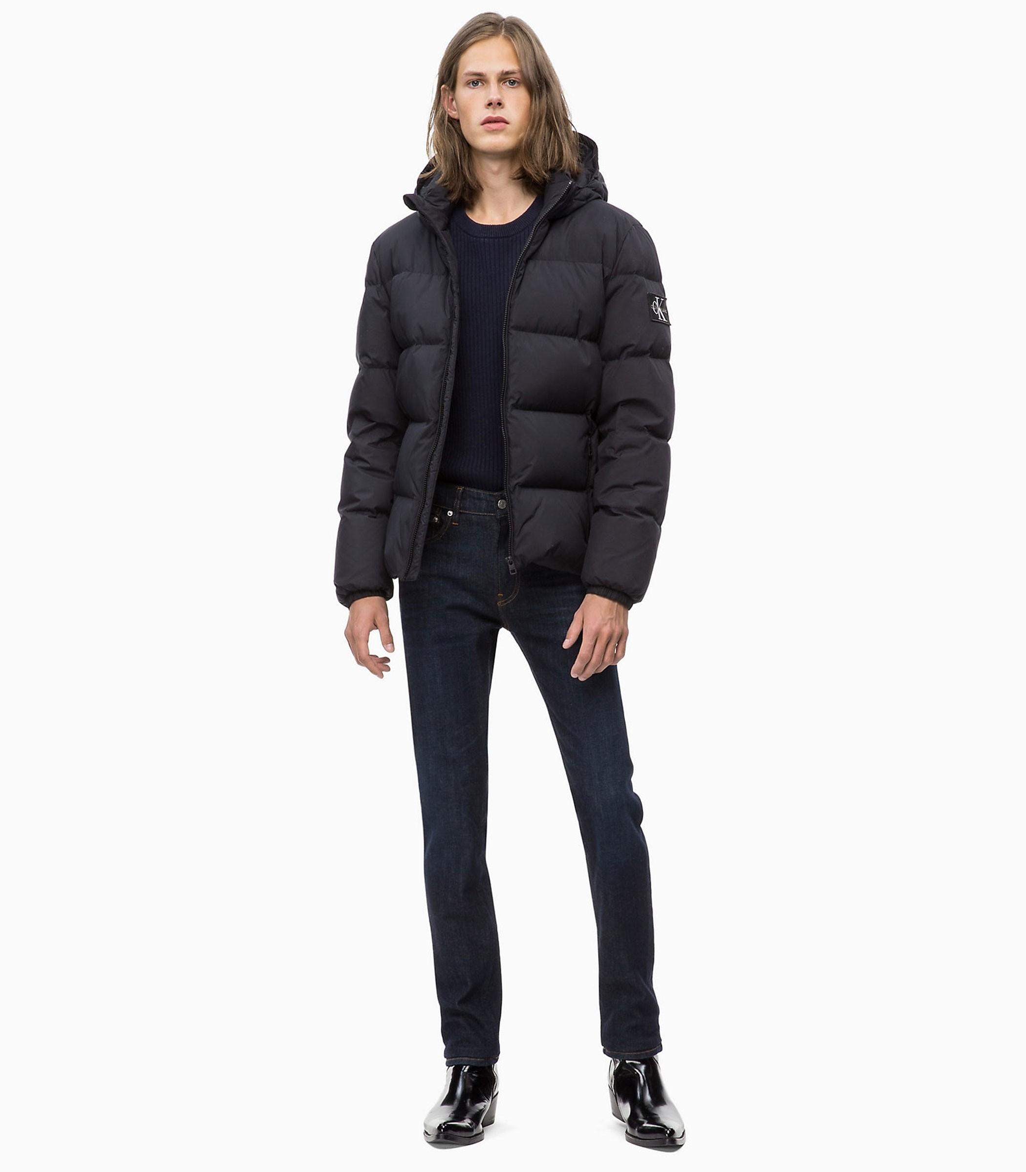 J30J309487 Giubbotto Piumino Calvin Klein Jeans con cappuccio da uomo Rif. f401107d7d3