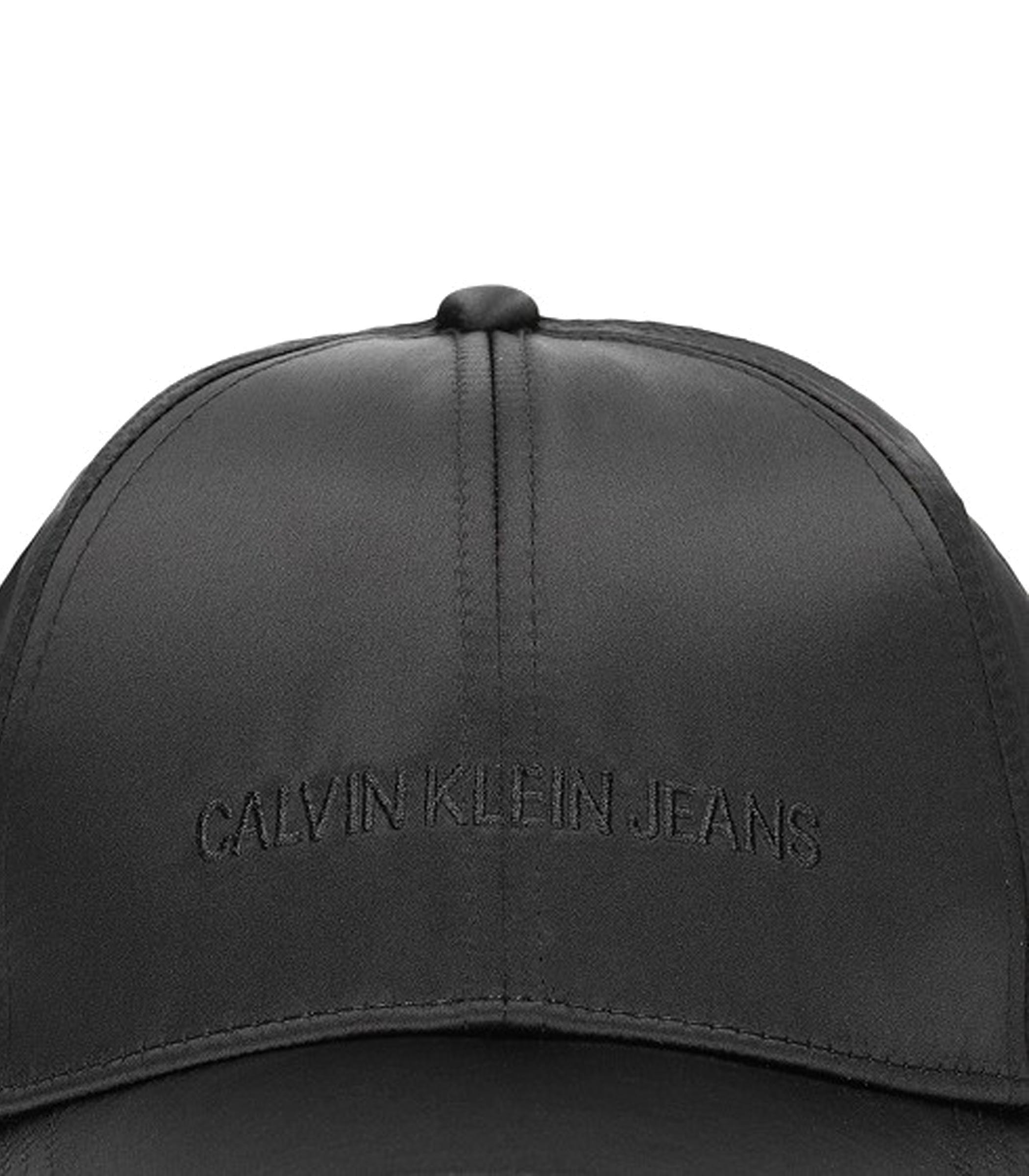 K60K604995 016 Cappello con visiera Calvin Klein Jeans nero rif. K60K604995  016 782a3e7fdd73