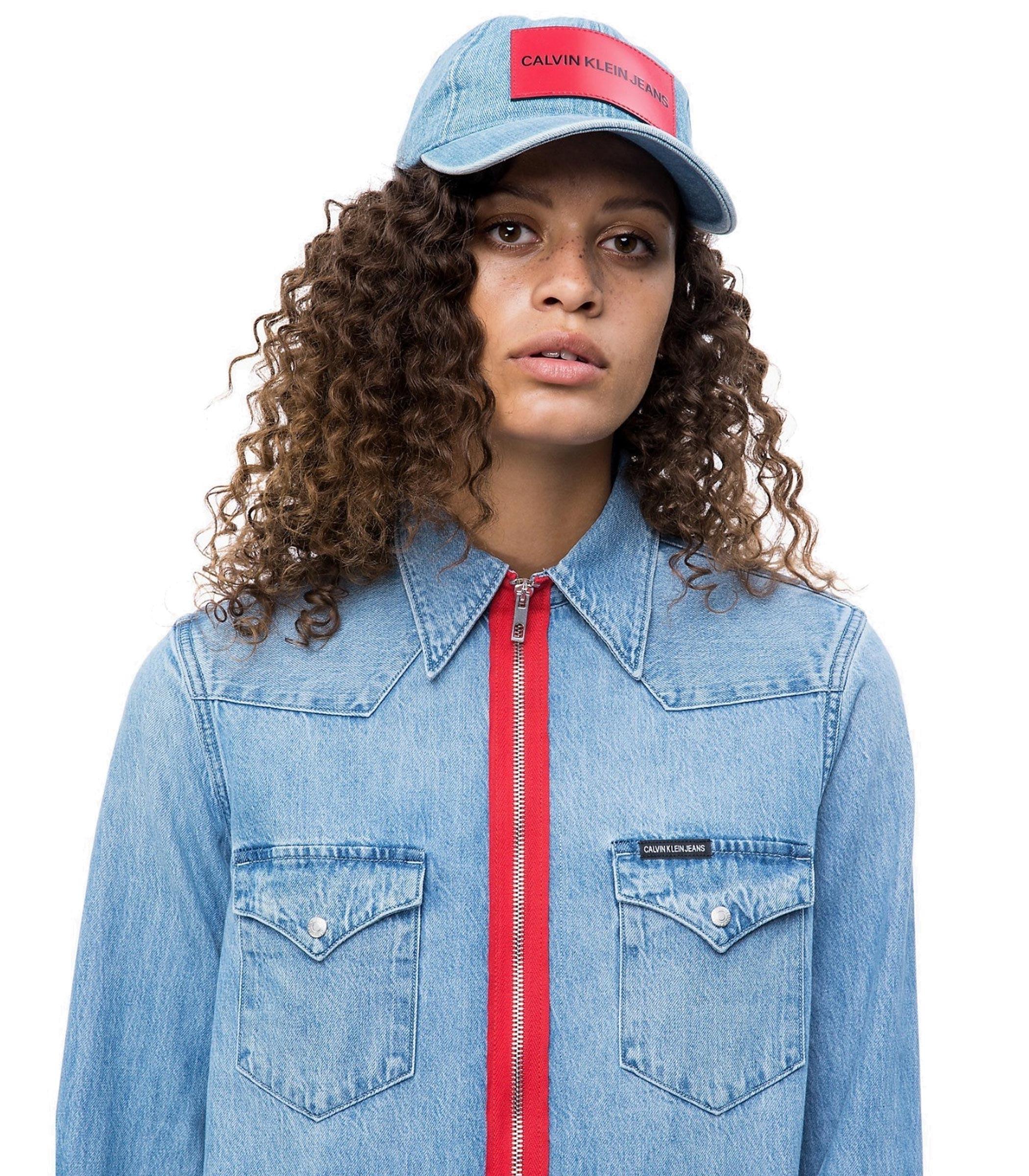 Berretto da baseball Calvin Klein Jeans unisex rif. K40K400863 97895f6b0623