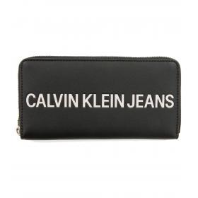 Portafoglio Calvin Klein Jeans grande con zip da donna rif. K60K605266