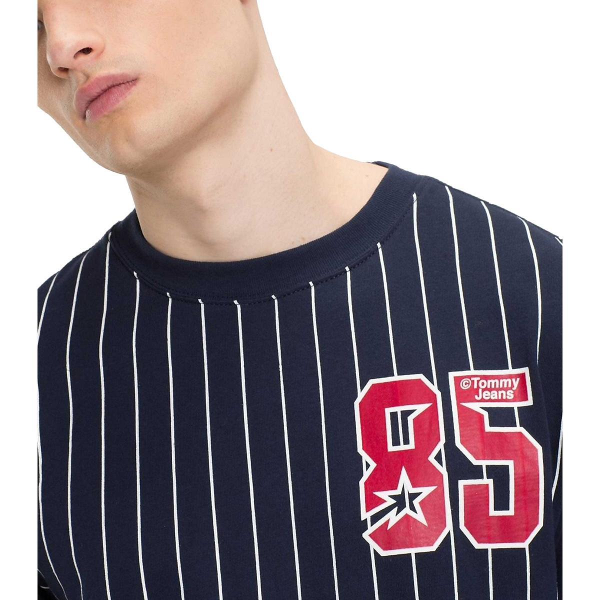 T-shirt Tommy Jeans baseball logo sul petto da uomo rif. DM0DM05139