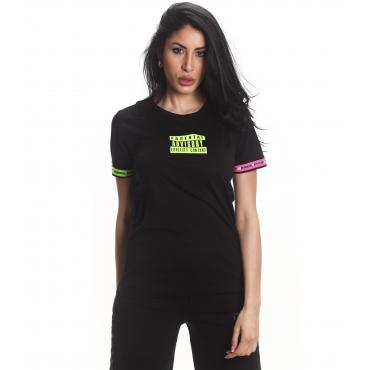T-shirt Parental Advisory con scollo tondo e dettagli fluo da donna rif. AD222D