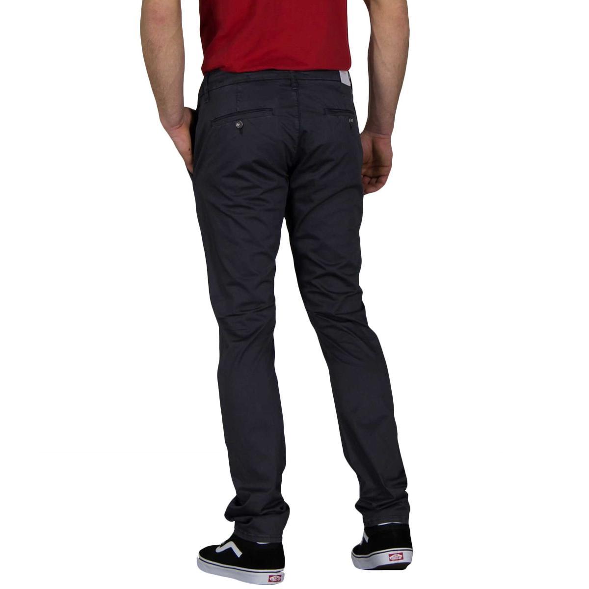 Pantaloni GUESS Daniel modello chino skinny da uomo rif. M91B29WB7F0