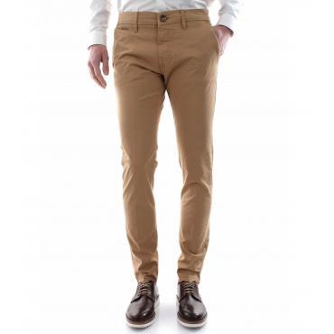 Pantaloni Guess modello chino tasche america skinny da uomo rif. M92B29WBFE0