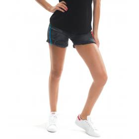 Pantaloncini shorts MINIMAL in jeans con strappi ed applicazioni da donna rif. D1702