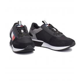 Scarpe Sneakers Tommy Hilfiger Footwear con sezioni a contrasto da uomo rif. EM0EM00324