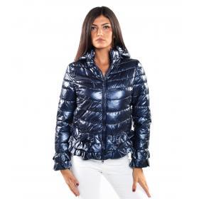 Giubbotto piumino con cappuccio removibile e rouches da donna rif. MD8916