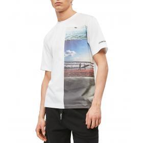 T-shirt Calvin Klein Jeans con stampa fotografica da uomo rif. J30J312835