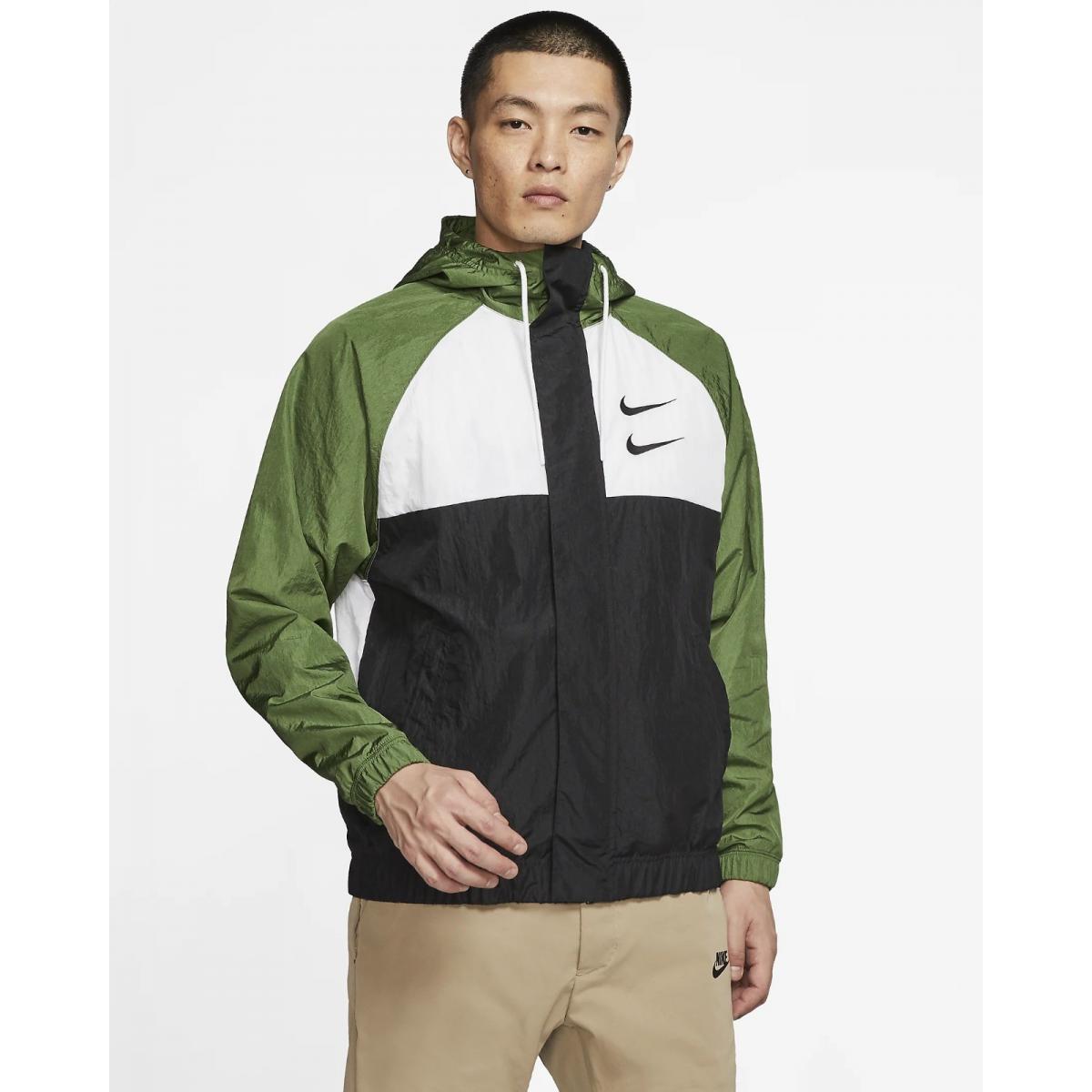 Giacca Nike Sportswear Swoosh con cappuccio in woven da uomo rif. CJ4888