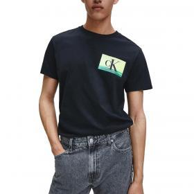 T-shirt Calvin Klein Jeans con maxi stampa fotografica sul retro da uomo rif. J30J315985