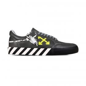 Scarpe Sneakers Off-White Vulcanized Low da uomo rif. OMIA085F20LEA004